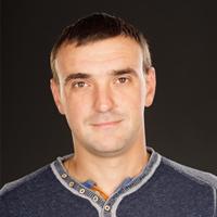 Сотрудник компании Хоум Системс Инженер-инсталлятор Андрей
