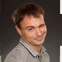 Сотрудник компании Хоум Системс Помощник инженера Евгений