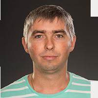 Сотрудник компании Хоум Системс Инженер-инсталлятор Анатолий